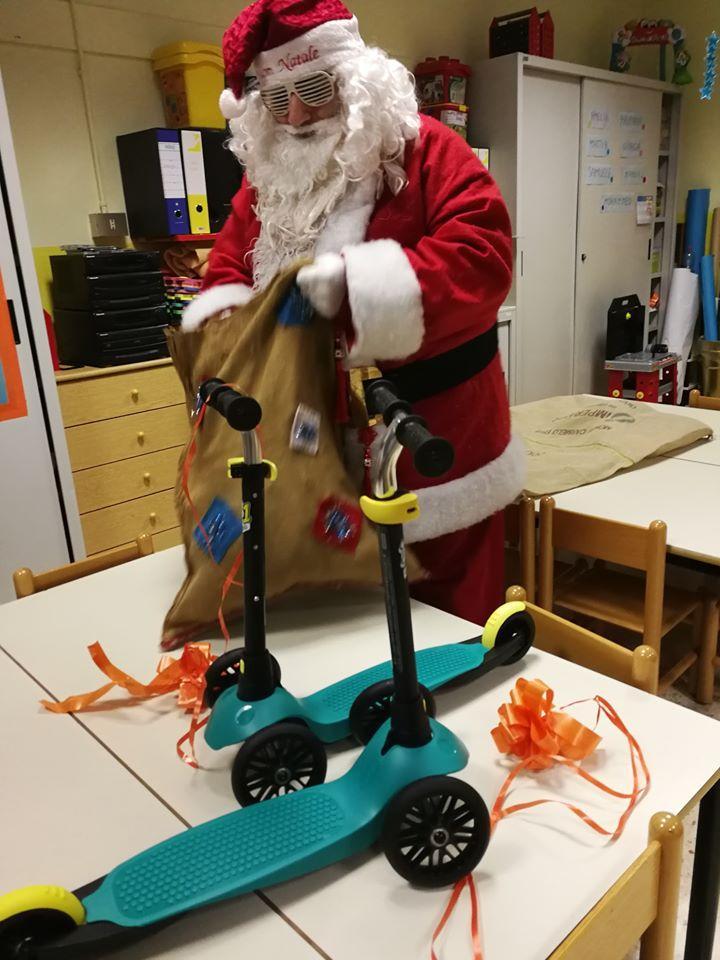Babbo Natale visita le scuole dell'infanzia